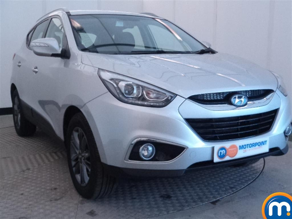 used or nearly new hyundai ix35 2 0 crdi se nav 5dr 4wd auto silver for sale in widnes motorpoint. Black Bedroom Furniture Sets. Home Design Ideas