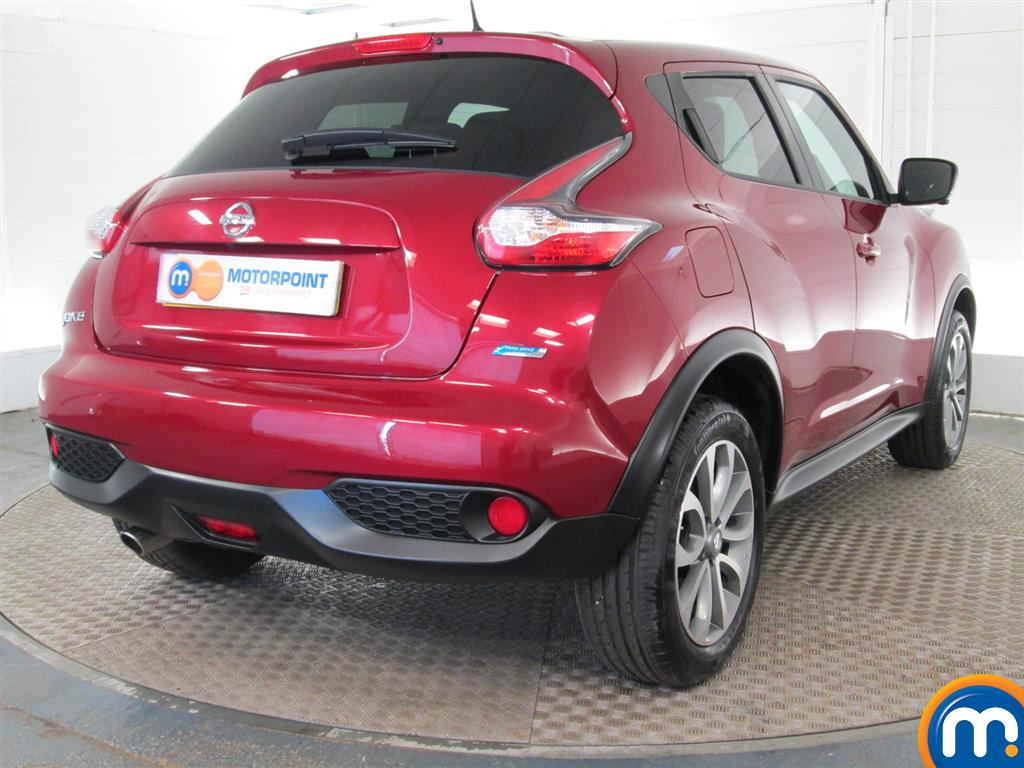 used or nearly new nissan juke 1 5 dci tekna 5dr red for sale in peterborough motorpoint. Black Bedroom Furniture Sets. Home Design Ideas