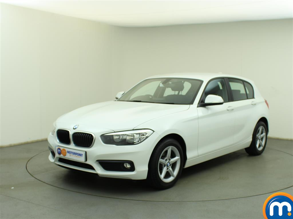 used or nearly new bmw 1 series 116d se 5dr nav dcp new model white for sale in birtley. Black Bedroom Furniture Sets. Home Design Ideas