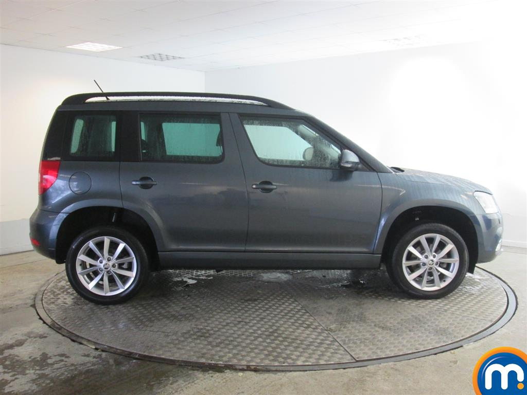 used or nearly new skoda yeti 1 2 tsi se estate silver for sale in newport motorpoint. Black Bedroom Furniture Sets. Home Design Ideas