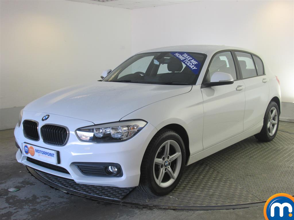 used or nearly new bmw 1 series 116d se 5dr nav dcp new model white for sale in newport. Black Bedroom Furniture Sets. Home Design Ideas