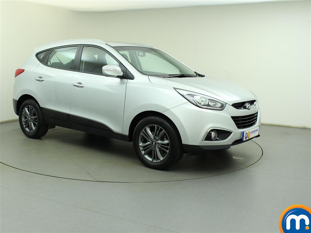 used or nearly new hyundai ix35 2 0 crdi se nav 5dr 4wd auto silver for sale in birtley motorpoint. Black Bedroom Furniture Sets. Home Design Ideas