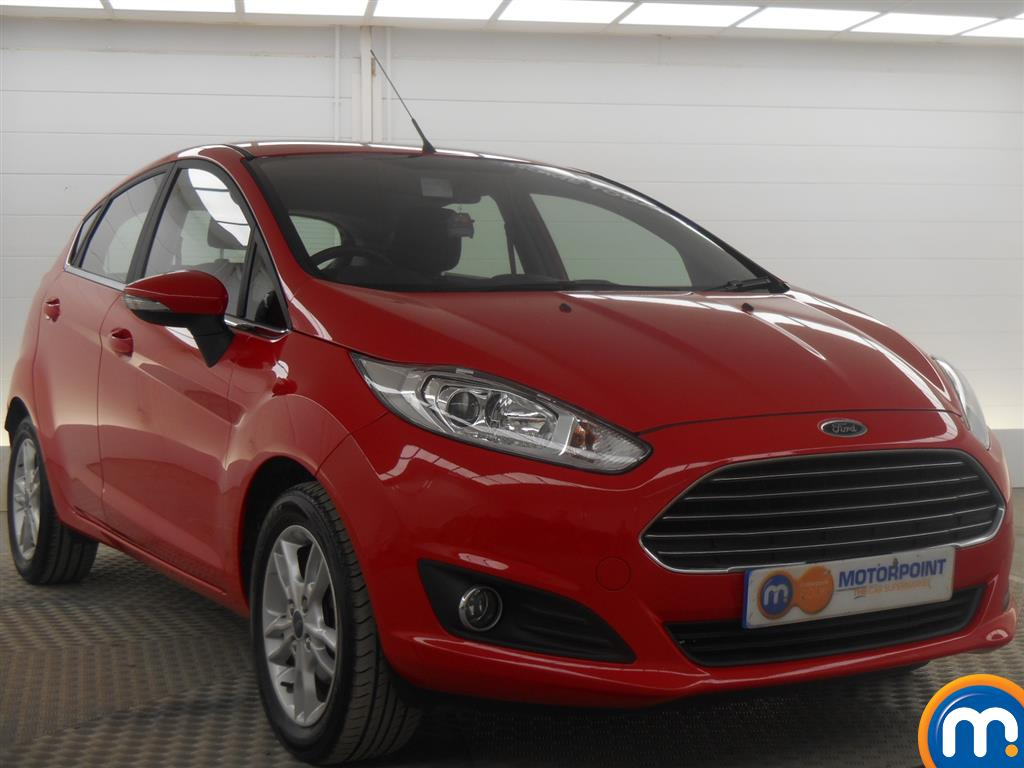 used or nearly new ford fiesta 82 zetec 5dr red for. Black Bedroom Furniture Sets. Home Design Ideas