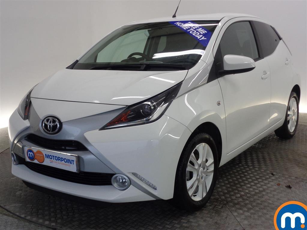 used toyota aygo for sale second hand nearly new cars. Black Bedroom Furniture Sets. Home Design Ideas