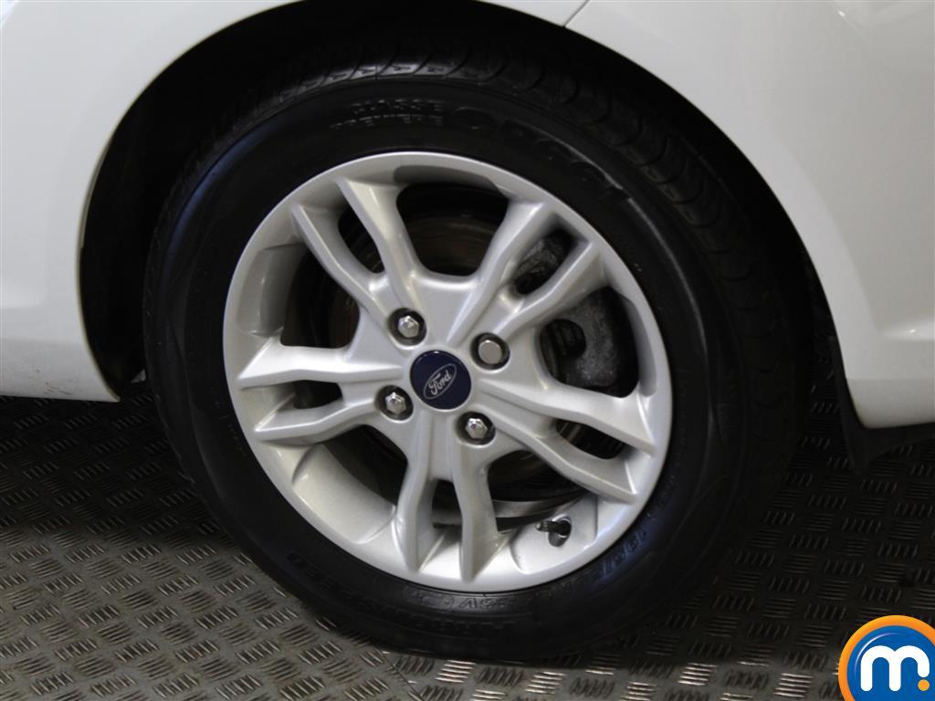 Ford Fiesta Hatchback 1.25 82 Zetec 5Dr